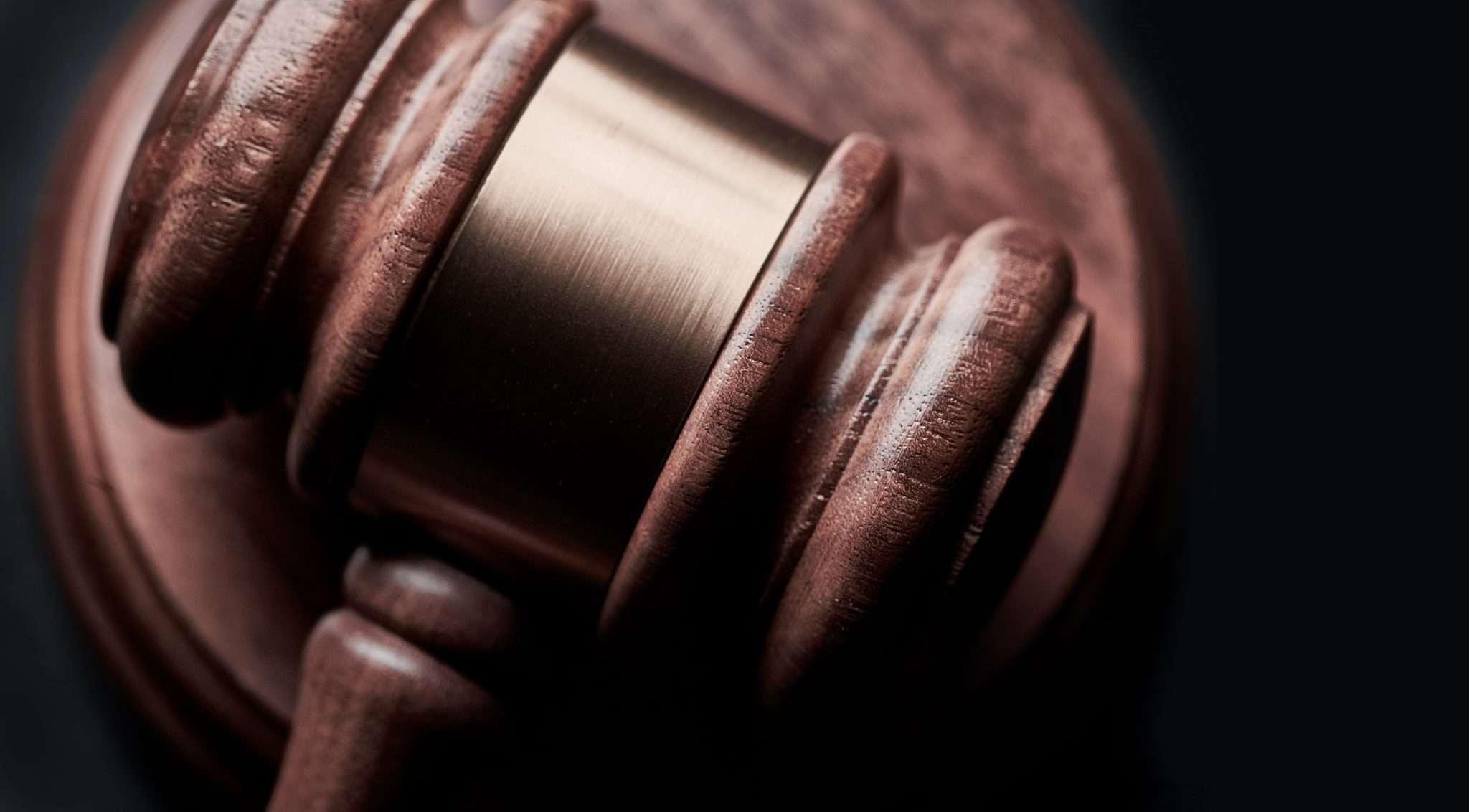 Legal Accounting Software Comparison: Clio vs. TrustBooks